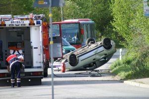 774605_car_accident_2-300x199