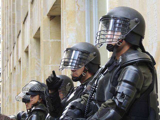 police-275875_640.jpg
