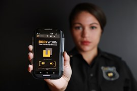 bodyworn-794100__180