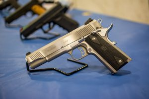 pistol-1350484_1280-300x200