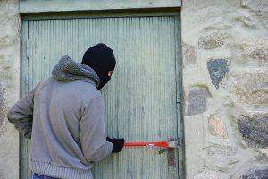 thief-1562699__480-300x200